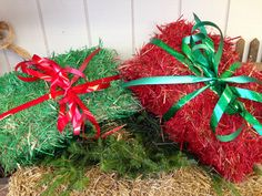 What to do with straw bales leftover from fall decor - turn them into presents! Rohrbachsfarm.net