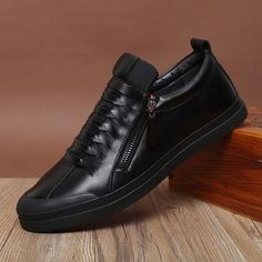 Men's Leather Zip Up's