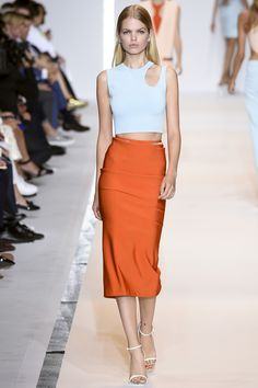 See all the Collection photos from Mugler Spring/Summer 2015 Ready-To-Wear now on British Vogue Fashion Week Paris, Runway Fashion, Spring Fashion, Fashion Trends, Fashion Weeks, Milan Fashion, Womens Fashion, Look Fashion, High Fashion