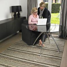 tapis uni en laine nou main taupe 418 loook 140x200. Black Bedroom Furniture Sets. Home Design Ideas