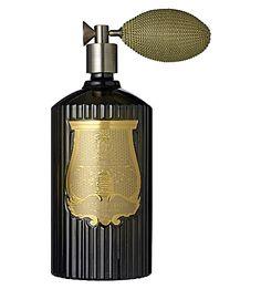 Cire Trudon Ernesto Spray Hogar o Dada Spray Bachelor Pad Decor, Home Tech, Spiritus, Flower Spray, Marquise, Luxury Candles, Home Upgrades, Belleza Natural, Home Living