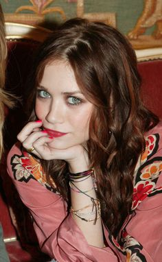 Auburn Hair, Hair Colors, Color Beauty Hair, Makeup, Girly Things, Ashley Olsen, Green Eyes, Olsen Style, Mary Kate