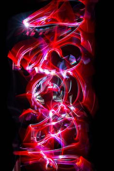 Light Painting Kata – Quand les arts martiaux rencontrent le light painting