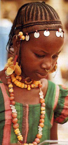 Africa   Young Peulh (Fulani) girl.  Senegal   Postcard; publisher Renaudeau.  Dated 1980.