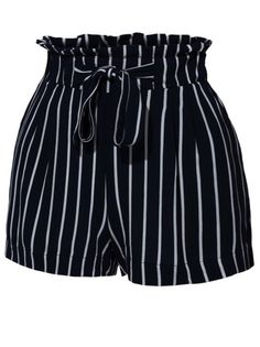 black and white striped paper bag shorts Cute Summer Outfits, Short Outfits, Casual Outfits, Cute Outfits, Short Women Fashion, Cute Fashion, Fashion Outfits, Belted Shorts Outfits, Looks Com Short