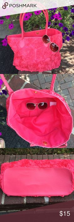 """Adorable Pink Tote Soft, foldable with inside zipper and 2 pockets.  Magnetic gold closure.  Measures 16""""w x 12""""H.  Strap 9"""".  3D floral design (see 4th picture).  Polyester 👛 Bags Totes"""