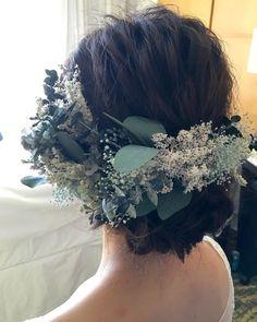 Dress Hairstyles, Pretty Hairstyles, Wedding Hairstyles, Bohemian Wedding Hair, Hair Arrange, Floral Headpiece, Botanical Wedding, Hair Ornaments, Flowers In Hair
