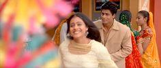 SRK in Kabhi Khushi Kabhie Gham Shah Rukh Khan Quotes, Shahrukh Khan And Kajol, Srk Movies, Half Girlfriend, Bollywood, World Tv, Karan Johar, Heart Beat, Film Director