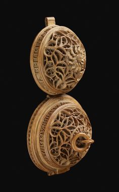 Intricately Carved 16-Century Prayer Nuts Open to Reveal Incredibly Detailed Scenes