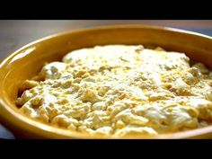 (6) Borbás Marcsi szakácskönyve - Tejfölös gombuca (2020.03.01.) - YouTube Share Pictures, Hummus, Macaroni And Cheese, Ethnic Recipes, Food, Youtube, Mac And Cheese, Essen, Meals