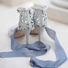 This perfect pair of #weddingshoes had the right sparkle and the right height- and the design was a perfect match to the bodice of her Hayley Paige ballgown! #weddingday #kwpbride #rollinscollege #rollinswedding #orlandoweddingphotographer