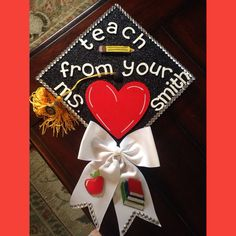 7 Best Grad Caps Images Graduation Cap Decoration Grad