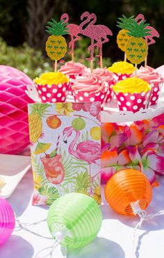 Flamingo Party sachets by Fresh Scents are the perfect addition to an a summer outdoor party! Coupled with these cute flamingo cupcake toppers, they are the perfect duo. You could even give out the sachets as party favors. Guests will appreciate the great fragrance filling their car on the ride home!