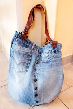 Denim Bag, Denim Jeans, Blue Jean Purses, Recycle Jeans, Lace Doilies, Simple Bags, Couture, Handmade Bags, Sewing Projects