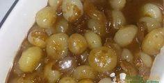 Cipolline in agrodolce700 gr di cipolline 50 gr di olio evo 1 spicchio d'aglio (a piacere) 2 cucchiaini di sale 30 gr di zucchero 40 gr di aceto balsamico    Istruzioni Metti l'aglio nel boccale insieme all'olio: 3 sec, vel.5 e pi 3 min, temp. varoma (o 120°C per tm5), vel.1 Aggiungi le cipolline sbucciate, il sale, lo zucchero e l'aceto balsamico:20 min, temp. varoma, vel sofft antiorario senza misurino Eventualmente prolunga la cottura di 5 min