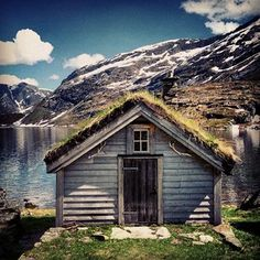 Triangle Hut Norway Ice mountains
