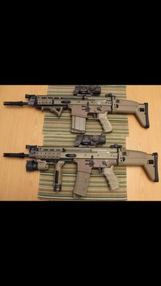 SCAR-H on top SCAR-L on bottom. jdm Fn Scar, Assault Rifle, Jdm, Weapons, Guns, Survival, Camping, Modern, Weapons Guns