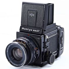Mamiya RB67 Pro S. I believe this is what we used at school! Love love loooove! So freakin' sharp!