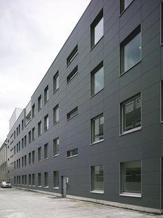 Natura Media Building Gray Sides II   da JZavoda