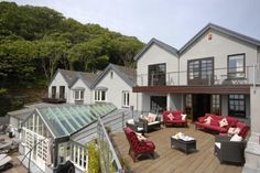 The Beach House, Waterwynch Bay, Tenby, Pembrokeshire. Self Catering Holiday Accommodation in Britain. Staycation UK.