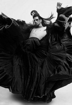 Editorial Dead Man Walking para a Rocket Mag Barcelona, fotografia de Ivan Aguirre. Modelo: Maximiliano (Contempo Models Mexico)