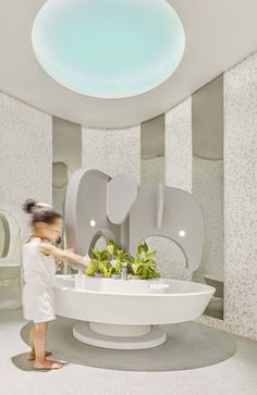 Image 18 of 27 from gallery of SIS PREP Gurugram / PAL Design + Urbanscape Architects. Photograph by Suryan Dang Kindergarten Interior, Kindergarten Design, Wc Design, Toilet Design, Wc Symbol, Daycare Design, Kids Toilet, Kids Cafe, Baby Bathroom