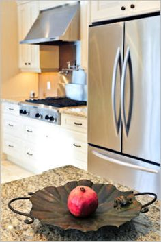 HOW TO CLEAN STAINLESS STEEL APPLIANCES...