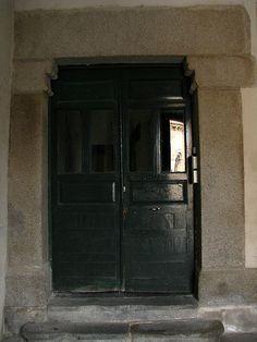 Old door, Segovia, Spain   Flickr: Intercambio de fotos