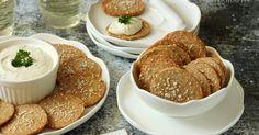 Nagy rajongója vagyok a sós kekszeknek, de ebben is válogatós vagyok – nagyon kevés olyan van, amit igazán szeretek. Sajno... Pancakes, Food And Drink, Breakfast, Creative, Morning Coffee, Pancake, Morning Breakfast, Crepes
