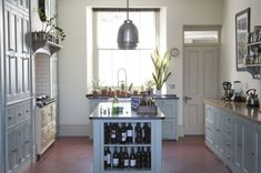Modern Victorian Kitchen Design, cupboards, no shelves Victorian Kitchen, Modern Victorian, Victorian Homes, Victorian Interiors, Victorian Design, Modern Country Kitchens, Modern Country Style, Kitchen Country, House Of Turquoise