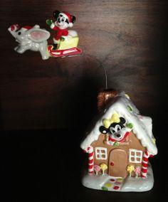 VINTAGE Santa Mickey Minnie Gingerbread House Flying Dumbo Music Box JAPAN