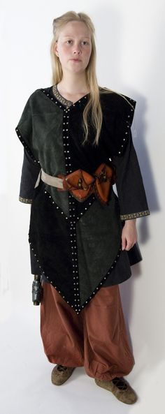 Sale - Leather armor crusader tabard in grey and black leather. €187,50, via Etsy.