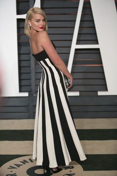 All The Times Margot Robbie Has Aced It On The Red Carpet - At The Vanity Fair Oscars Party In 2015