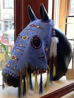 Horse Mask - dang that's some skill! Native American Regalia, Native American Horses, Native American Clothing, Native American Artwork, Native American Beauty, Native American Crafts, Native American Artists, Native American Beadwork, American Indian Art