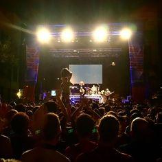 Acaba el concert @HotelCochambre amb un @yeyo sensacional!  #fmBiB @Granollers