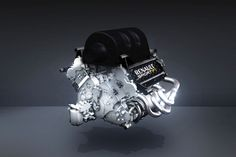 Renault hat seinen neuen Formel 1-Motor für die Saison 2014 vorgestellt. Der 1,6 Liter V6 Turbo mit Hybrid-Unterstützung soll 2014 beim Kampf um den WM-Titel den entscheidenden Unterschied machen. Wir zeigen Ihnen das neue Triebwerk im Detail.