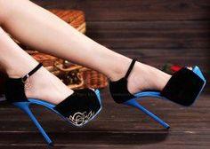 Party Metal and Stiletto Heel Design Women's Sandals $42.12