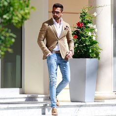 Those who fly solo have the strongest wings | Summer Style Monaco ----------- Thanks to: @mas__style @gentlemanzone @gentlemencorporation @gentlemenslounge @daverrazzano @menslaw @mensuitsteam @menwithinfluence @menwithstyle