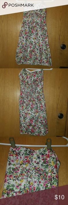 BeBop colorful floral strapless dress Lightweight strapless summer dress. Perfect for the beach or a walk in the park! BeBop Dresses Mini