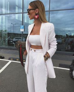 Boss Lady Outfit Idea For You:- AwesomeLifestyleFashion . Cute Casual Outfits, Stylish Outfits, Summer Outfits, Classy Chic Outfits, Simple Outfits, Mode Outfits, Fashion Outfits, Office Outfits, Mode Instagram