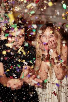 we ♥ parties – party, fashion, style, black, white, glitter, gold, cuff, cool, girls, models, editorial