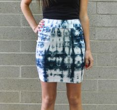 Tie dye mini pencil skirt.  Bodycon skirt.   Indigo shibori, white jersey, pleats.  xs, s, m, l -- Birdapparel, Etsy