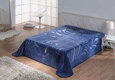 PIEL COLLECTION recoge una amplia gama de diseños, estampados y gofrados emblemáticos. #blanket #textil