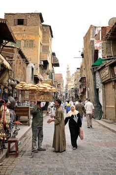 Por las calles de Khan el-Khalili, El Cairo