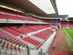 Riverside Stadium, Middlesbrough, North Yorkshire, Inglaterra. Capacidad 34,988 espectadores, Equipo local Middlesbrough