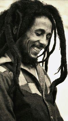 Check out Bob Marley Photo Print on Bob Marley Kunst, Bob Marley Art, Bob Marley Quotes, Reggae Rasta, Rasta Man, Jamaican Rasta, Bob Marley Legend, Reggae Bob Marley, Bruce Lee