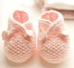 Vintage knitting free patterns, gratis breipatronen onder andere jaren 70 patronen: Breipatroon baby babyslofjes voor een meisje