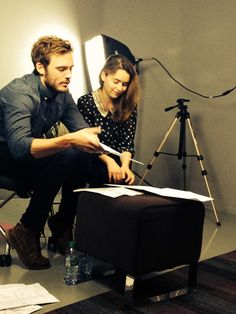 First pic of Sam Claflin & Emilia Clarke reading as Will & Lou. Like they just jumped out of my head. #mebeforeyou