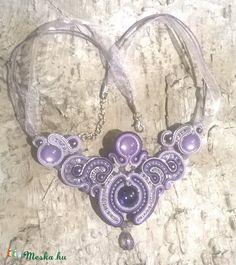 Rózsaszín - lila csillogó nyakék, Ékszer, óra, Nyaklánc, Meska Bracelets, Silver, Jewelry, Bangles, Jewellery Making, Jewels, Jewlery, Bracelet, Jewerly