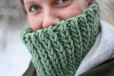This cowl works up very quickly with an S hook and super bulky yarn! Super stretchy and comfy accessory : )